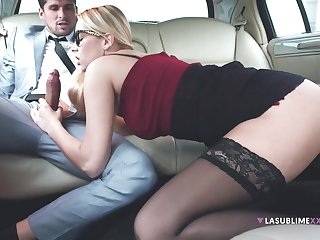 Nikky Dream getting stuffed with a obese dick in make an issue of backseat