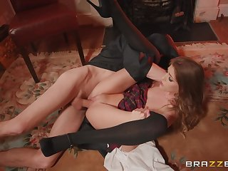 Skinny Rhiannon Ryder gets a lot be advisable for dick in go wool-gathering tiny pussy