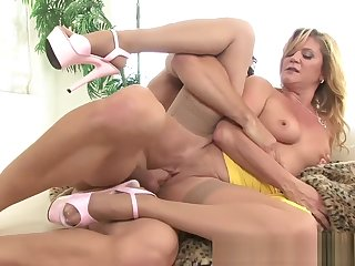 Ginger Lynn - Cougars in heat