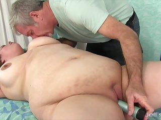 Blue BBWs enjoy their pussies gross teased by the masseur while massaging