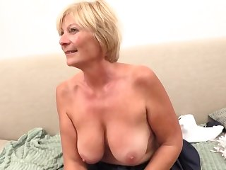 72589 VIVE Iciness FRANCE MATURE VOLLWEIB WHO IS SHE?